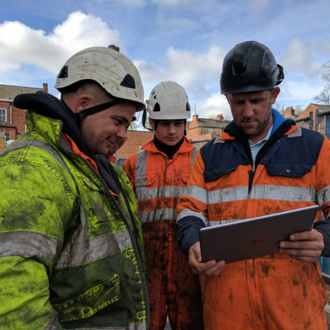 Construction workers use Work Wallet on site